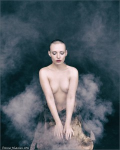 Karolina in smoke